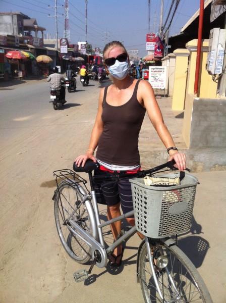 Louise med støvmaske