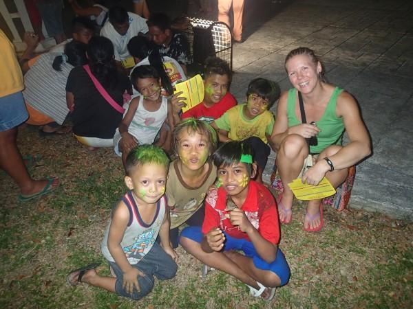 Louise med diverse unger
